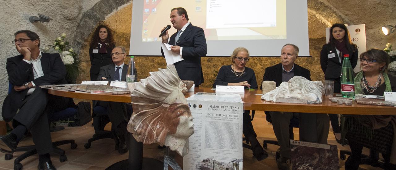 L'ing. Antonio Rapuano introduce il convegno
